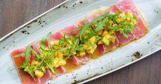 Recette de Carpaccio pas cher de thon frais à la mangue et à l'avocat. Facile et rapide à réaliser, goûteuse et diététique.