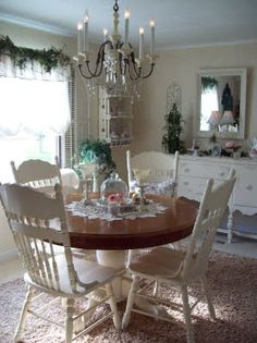 shabby chic dining room..so pretty.