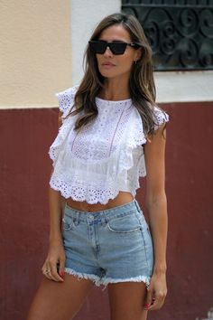 night out womens fashion. Casual Chic, Casual Wear, Casual Outfits, Cute Outfits, Mode Rock, Le Polo, Tee T Shirt, Look Fashion, Fashion Tips