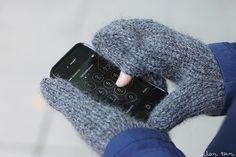 eilen tein: KÄNNYKKÄLAPASET [ohje] Knit Mittens, Knitted Hats, Knitting Accessories, Fingerless Gloves, Arm Warmers, Knit Crochet, Sewing Patterns, Winter Hats, Crocheting
