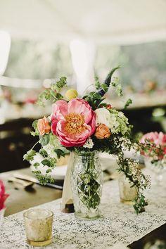 Photography: Nicole Vaughn - www.nicolevaughn.co/dawnanddavid/amyandchase/  Read More: http://www.stylemepretty.com/2015/03/17/elegant-ranch-wedding/