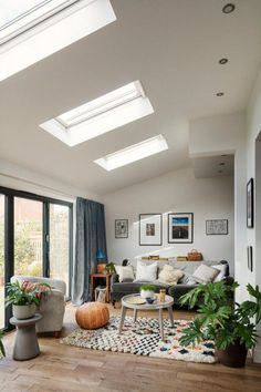 living room nook room extensions Top 3 tips for creating a light filled house extension Home, Open Plan Kitchen Living Room, Living Room Scandinavian, Room Extensions, Open Plan Living Room, House Interior, Living Room Nook, Living Room Ceiling, Lamps Living Room
