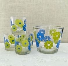 Mid-Century Retro Set of Blue and Green Flower Print Ice Bucket and Four Tumblers/Old Fashioned Glasses by Colony by EastSideBazaar on Etsy Vintage Kitchen, Tumblers, Barware, Bucket, Mid Century, Ice, Dining, Glasses, Retro