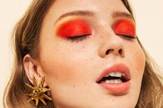 A creation of colour and natural beauty by Ellen Simone and her team for Nordic Style Magazine Organic Eyeshadow, Kahina Giving Beauty, Facial Lotion, Flawless Foundation, Face Mist, Fashion Mag, Skin Food, Mac Lipstick, Nordic Style