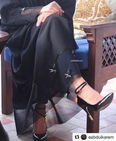#Repost @eabdulkarem with @repostapp لا تفقد صبرك ف الاشياء الجميلة تاتي بعد صبر جميل .. .. العباه من عند @ea3bayas السعر درهم SUBHAN ABAYAS share it more then 1600 Abayas Designs. Follow @SubhanAbayas @SubhanAbayas @SubhanAbayas #SubhanAbayas #abaya #beauty #muslim #fashion #muslimfashion #picoftheday #happy #girl #blog #love #pic #lookoftheday #hijab #instagood #ootd #dope #womensfashion #style #beautiful #selfie #followme Dubai Top Abayas Designs Feeds. #dubai #mydubai #fashionista…