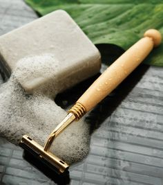 A Close Shave. Anything with fragrance and alcohol can dry out your face and leave your skin irritated. #Green Guy. http://www.organicspamagazine.com/2012/08/a-close-shave/