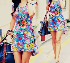 Jamburana ❤ Tejido tradicional brasileño. #jamburanainspiration #jamburana #clothing #chita #textil #floral #shapes #fashion #tropicalwear #style #multicultural