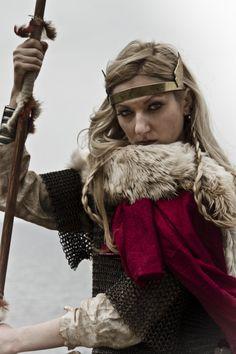 Warrior woman - Scandinavian shieldmaiden