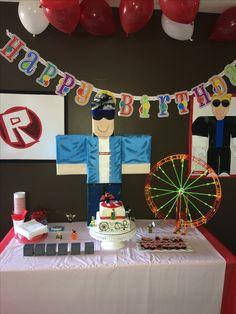 Roblox party birthday party ideas, birthday favors, birthday, b 9th Birthday Parties, Birthday Games, Birthday Favors, 10th Birthday, Birthday Ideas, Lego Ninjago, 10e Anniversaire, Video Game Party, Pokemon Birthday