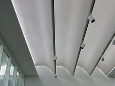 Billedresultat for Renzo Piano light Interior Lighting, Luxury Interior, Interior Architecture, Ceiling Detail, Ceiling Design, Roof Ceiling, Ceiling Lights, Arch Light, Column Design