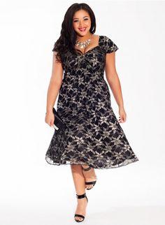 Rachelle Plus-Size Lace Dress in Metallic Lace