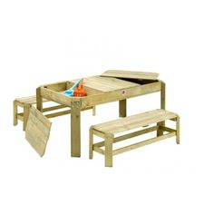 Sand- und Wassertisch mit Sitzgelegenheiten