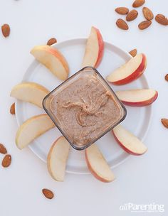 Don't spend a fortune on store bought nut butters with unnecessary ingredients. Instead make your own nut butters at home and save yourself some money! Yummy Recipes, Yummy Food, Healthy Recipes, Make Your Own, Make It Yourself, Food Fantasy, How To Make Homemade, Nut Butter, Vegetarian Meals