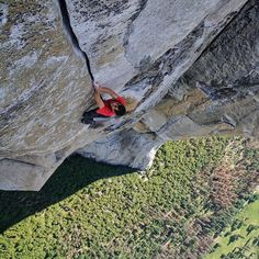 The Significance of Honnold's Freesolo - REI Co-op Journal