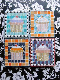 Mosaic Wall Art, Mirror Mosaic, Mosaic Diy, Mosaic Crafts, Mosaic Projects, Mosaic Glass, Stained Glass Birds, Stained Glass Panels, Mosaic Tile Designs
