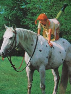 Vintage Dutch Pippi Longstocking and Horse Postcard