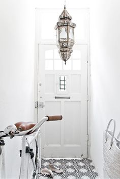Marocco style declinato in bianco, inusuale.