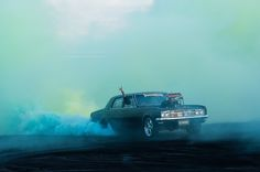 Photographer Simon Davidson has captured some spectacular moments of a car burnout competition. Fantastic classic Aussie muscle cars are drowned in bellowing red, green or purple smoke… Australian Muscle Cars, Aussie Muscle Cars, Smoke Bomb Photography, Car Photography, Supercars, New Audi Car, Automobile, Up In Smoke, Drag Racing