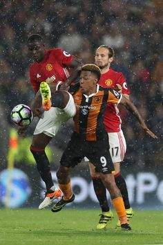 Eric Bailly of Manchester United and Abel Hernandez of Hull City during the…