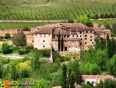 Monasterio cisterciense de San Vicente el Real (Segovia). Su origen es un templo romano. Su entorno es un magnífico lugar para organizar un buen plan. www.segoviaunbuenplan.com