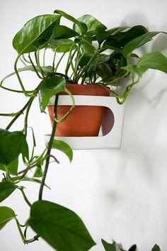 kekkila wall mounted plant stand