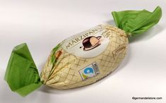 """The """"Zentis Marzipan Egg"""" is a sweet Easter greeting that should be in every Easter basket: The classic Easter egg from Zentis in delicious marzipan… Easter Candy, Easter Eggs, Milka Chocolate, Ice Candy, Fruit Gums, Lindt Lindor, Chocolate Easter Bunny, Easter Greeting, Mini Eggs"""
