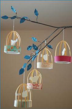 Decoração  e Reciclagem: Mobile Gaiolas de papel | by Jessica Santin (Jehhhhh)