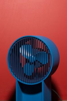 Independently publishing shapes of tomorrow. Air Fan, Desk Fan, Deco Furniture, Retro, Industrial Design, Monochrome, Burns, Cool Designs, Household