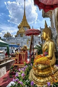 Theravada Buddhist Temple - Bangkok.