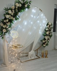Engagement Decorations, Diy Wedding Decorations, Diy Backdrop, Backdrops, Surprise Party Decorations, Bottle Centerpieces, Flower Wall, Wedding Engagement, Bridal Shower