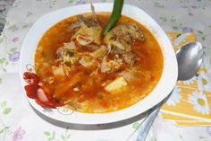 Lulu - Povesti din Bucatarie: Bors de gasca Cheeseburger Chowder, Thai Red Curry, Soup, Ethnic Recipes, Soups