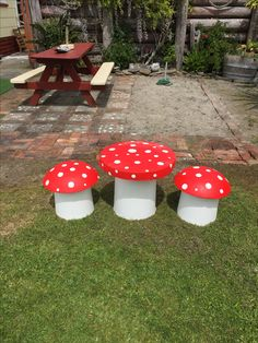 Little concrete mushrooms table and chairs made by me!