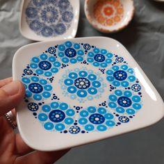 Dot Painting, Doodles, Dots, Plates, Ceramics, Tableware, Design, Pointillism, Kunst