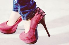 hump day 10 All heels report to my closet immediately (27 photos)