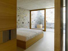 12+Brione+stone+interior+House+Switzerland+fireplace.jpg 1,100×831 pixels