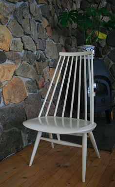 Simple, beautiful and Finnish Design, i so want one!! Artek, Ilmari Tapiovaara - Madmoiselle chair from year 1956