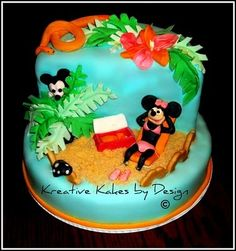 mickey mouse beach cakes | Found on 1.bp.blogspot.com