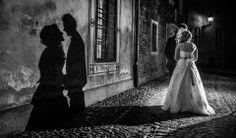 Pani Bernadetta w sukni ślubnej Sincerity, model 3671