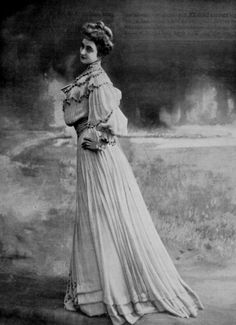 Edwardian Fashion - 1904