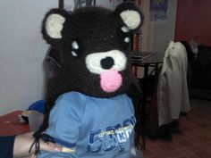 Hermoso gorro pedobear de www.duwen.cl 9a81818a437e