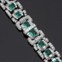 An art deco emerald and diamond bracelet, circa 1930 Emerald Bracelet, Emerald Jewelry, Diamond Bracelets, High Jewelry, Jewelry Art, Antique Jewelry, Turquoise Bracelet, Vintage Jewelry, Jewelry Design