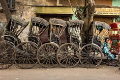 The Rickshaw Drivers of Kolkata, India - NYTimes.com