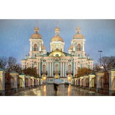 Seasons and weather guide St. Petersburg Russia ❤ liked on Polyvore featuring filler and pictures