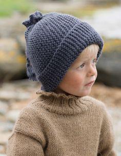 Rillestrikket lue - Design by Marte Helgetun Knitting Hats, Knitting For Kids, Knitting Designs, Knitting Patterns, Baby Hats, Beanie Hats, Crochet, Headbands, Winter Hats
