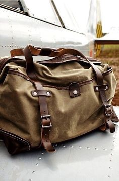 2215ca7765af Wolverine Weekender by J. Powell Wolverine Weekender by J. Powell is crafted  of heavy-duty