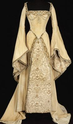 Medieval Fashion, Medieval Dress, Medieval Clothing, Renaissance Dresses, Tudor Dress, Wiccan Clothing, Gypsy Clothing, Renaissance Costume, Steampunk Fashion