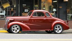 A 1938 classic chevy done in HDR Retro Cars, Vintage Cars, Antique Cars, Classic Hot Rod, Classic Cars, Corvette Stingray 1969, Chevy Hot Rod, Cool Old Cars, Nice Cars