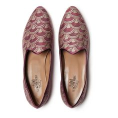 These limited edition Le Monde Beryl Papiro Cabana Venetian Slippers are made in collaboration with international design magazine, Cabana. Textile Company, Magazine Design, Cabana, Venetian, Shopping Bag, Two By Two, Slippers, Loafers, Footwear