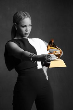 #Beyonce and her 17th Grammy. #Queenbey