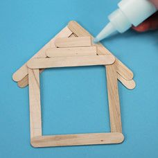 craftprojectideas.com - Gingerbread House Picture Frame